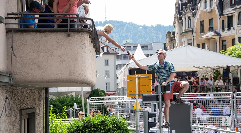 Julius Bär Zürich E-Prix 2018, Zuschauer in Action, Foto: Schweizer Illustrierte X